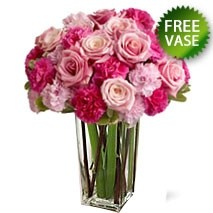 Roses And Carnations Bunch With Free Vase