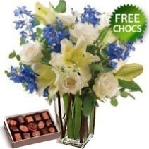 Blue Mist Including Vase and Free Chocolates